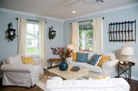 hgtv living room paint colors