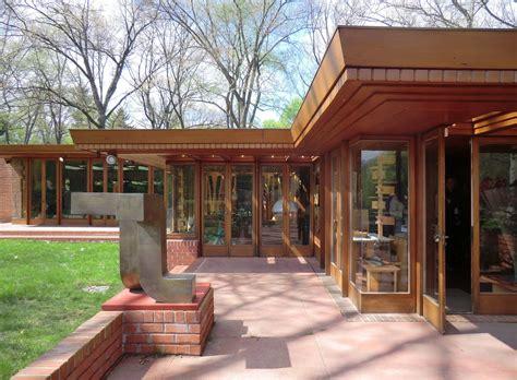 Melvyn Maxwell Smith House. Frank Lloyd Wright. Usonian