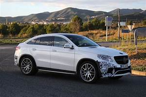 Gle Mercedes Coupe : mercedes benz gle 63 amg coupe spied in production ready clothes autoevolution ~ Medecine-chirurgie-esthetiques.com Avis de Voitures