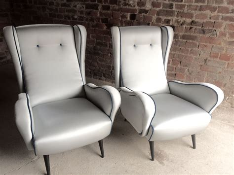 Mid-century Italian Armchairs, 1950s, Set Of 2 For Sale At