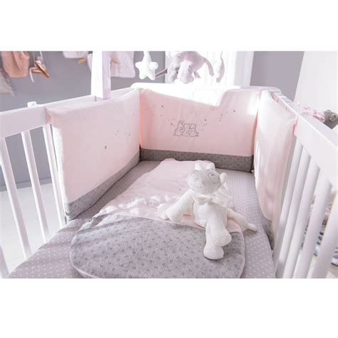 chambre b饕e chambre bebe fille noukies paihhi com