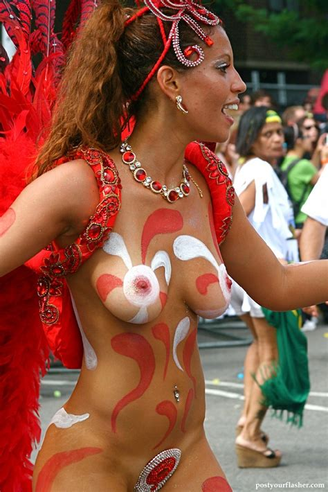 Women shows naked tits at the carnival - Naked and Nude in ...