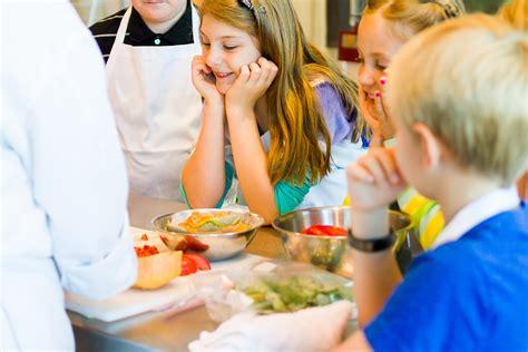 les cours de cuisine un moment magique pour de petits