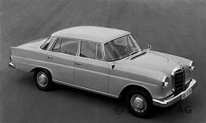 Classic Cars Zeitschrift : fintail mercedes four cylinder models w 110 1961 ~ Jslefanu.com Haus und Dekorationen