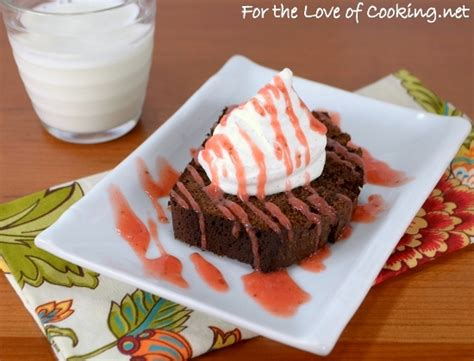 chocolate pound cake  strawberry sauce  vanilla