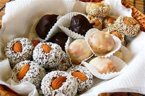 Pašgatavotas konfektes - lēti un garšīgi - KatraiVirtuvei ...