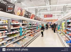 Sainsbury's supermarket aisle, UK Stock Photo: 43413085 ...