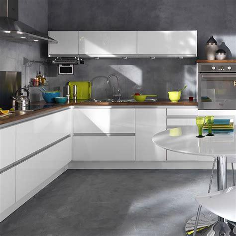cuisine blanche brillante best cuisine equipee noir laque contemporary lalawgroup