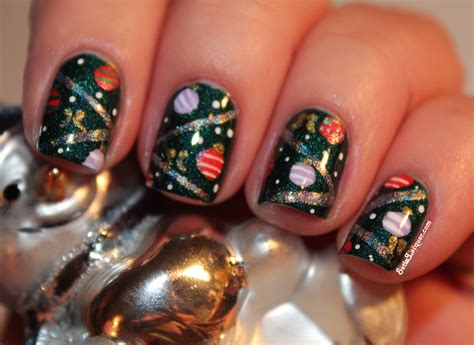christmas tree nail art a close up set in lacquer