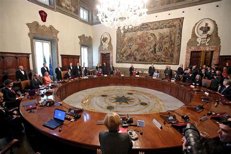 presidente consiglio dei ministri il governo renzi ha giurato al quirinale