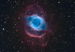 APOD: 2012 October 4 - NGC 7293: The Helix Nebula