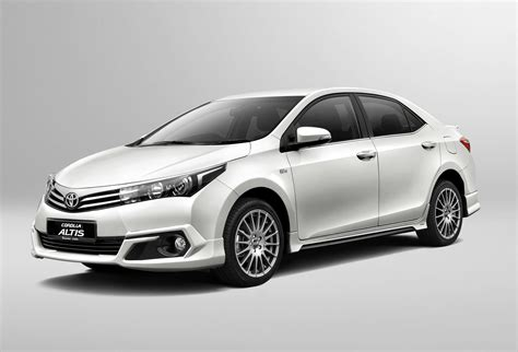 Toyota Corolla Altis Backgrounds by Toyota Corolla Altis 50th Anniversary Limited Edition Torque