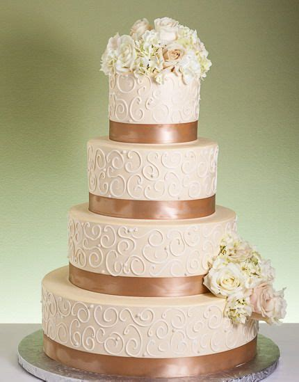 champagne dreams wedding cake cakesdesserts pinterest