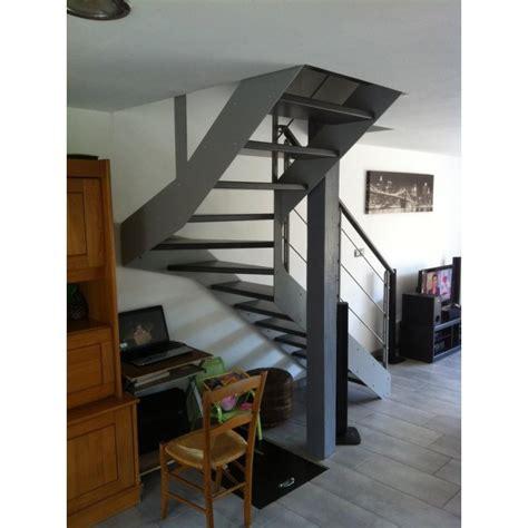 escalier quart tournant limon metal droit
