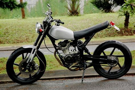 Cb 125 Modif by Honda Cb 125 1976 Sekelebat Info Motor