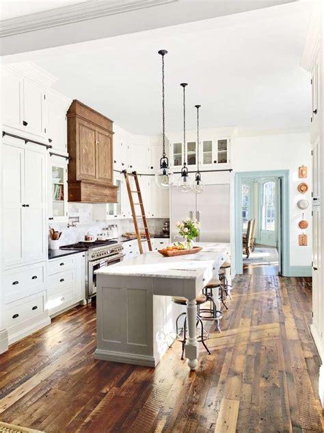 rustic farmhouse kitchens  inspire