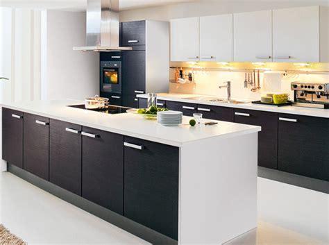 modele cuisine noir et blanc noir et blanc habillent la cuisine décoration