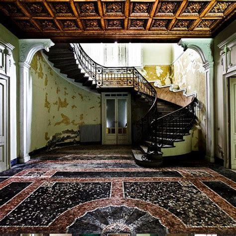Inside Old Abandoned Haunted Mansions