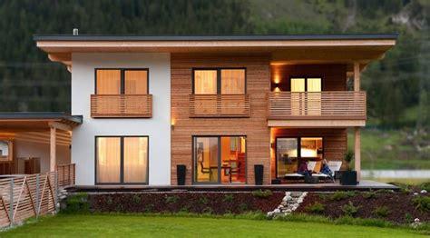 Moderne Häuser Balkon by Holzbau Saurer Einfamilienhaus Home In 2019