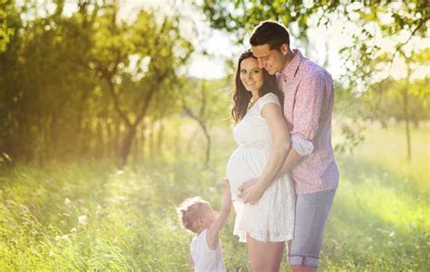 Buche Den Besten Babybauchfotograf In Deiner Nähe