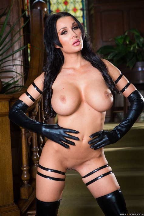 Hot Brunette In Latex Is Sucking Cock Photos Patty