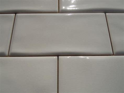 antiga white wavy crackle subway tile  color