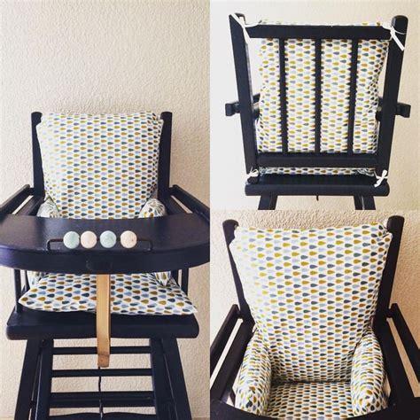 coussin pour chaise haute combelle les 25 meilleures idées concernant coussin de chaise haute