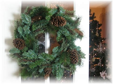 plain wreaths for decorating hydrangea home by dawn s designs friday feature christmas decorating