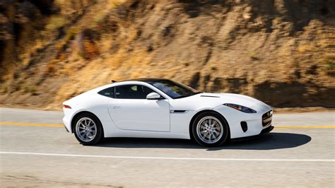 2019 Jaguar F-type Review & Ratings