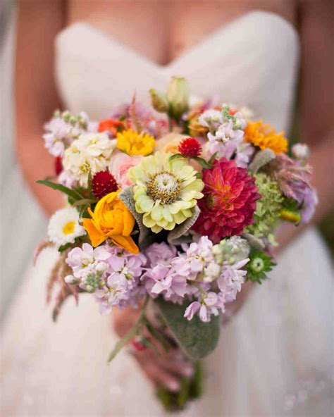 Summer Wedding Bouquets That Embrace The Season Martha