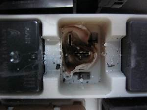 Feux Clio 3 : platine fondue au relais des feux de croisement clio iii ~ Medecine-chirurgie-esthetiques.com Avis de Voitures