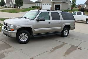 Find Used 2003 Chevrolet Suburban 2500 3  4 Ton 4x4 Lt  Leather Package  With The 8 1 Liter In