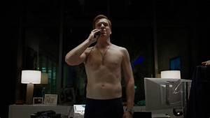 Shirtless Men On The Blog: Damian Lewis Nudo