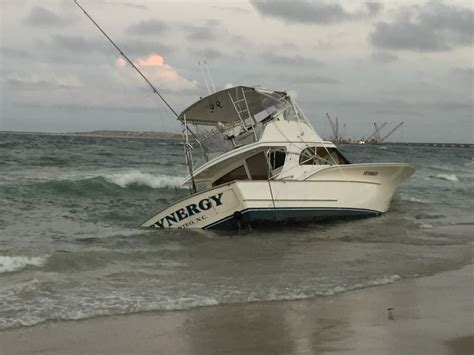 Tow Boat Us Oregon Inlet by Coast Guard Plucked Five From Water At Oregon Inlet The