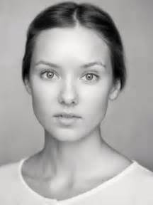 Alexandra Dowling – Roslin Frey