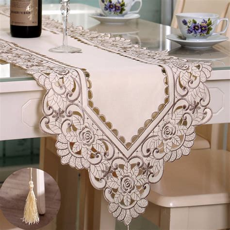 Rectangle Flower Table Runner Tablecloth With Tassel