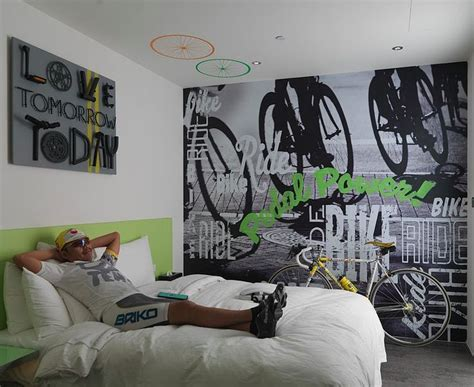 bike themed rooms nice detail shot     bike