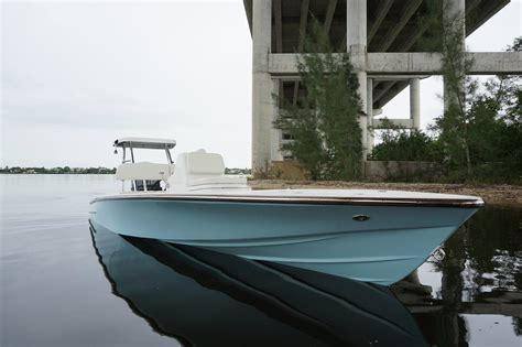 Yellowfin Skiff Price by Viking S New 17 Dragonfly Classic Skiff