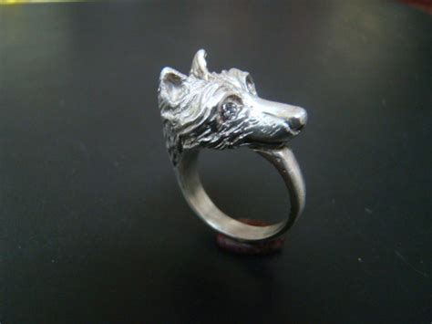 Beautiful And Regal Sterling Silver Wolf Ring With Diamond