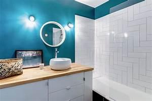Couleur Mur Salle De Bain : bleu dans la salle de bains 10 inspirations d co c t maison ~ Dode.kayakingforconservation.com Idées de Décoration