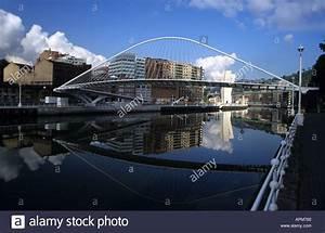 White Steel Curved Bridge Stockfotos & White Steel Curved Bridge Bilder Alamy