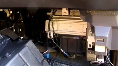 filtr kabinowy wymiana subaru impreza  cabin air