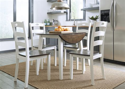 Woodanville Round Drm Drop Leaf Table & 4 Dining Room Side