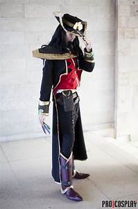 Twisted Fate cosplay costume