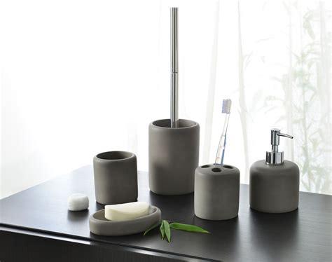 salle de bain accessoire accessoires de salle de bains aspect b 233 ton becquet