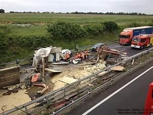 Accident N20 Aujourd Hui : centre presse poitiers l 39 a10 coup e apr s un accident mortel entre un poids ~ Medecine-chirurgie-esthetiques.com Avis de Voitures