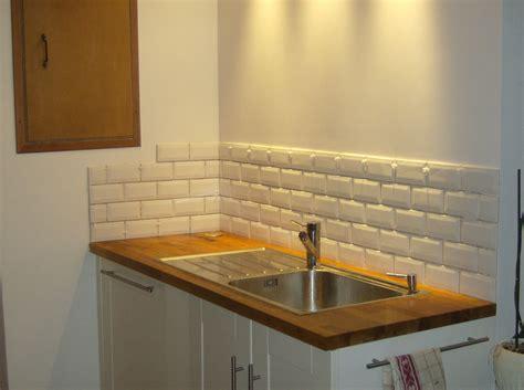 cuisine avec carrelage metro étourdissant carrelage cuisine metro blanc avec chambre