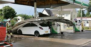 Lucky escape for drivers after petrol station canopy roof ...