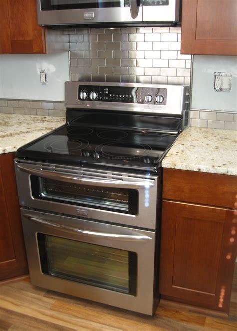 wallpaper backsplash kitchen kitchen backsplash stove wallpaper backsplash peel