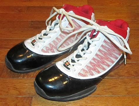 Mens Size Fubu Basketball Fashion Shoes Black Red White